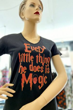 T-Shirt : Every little thing he does is magic – Harry Potter